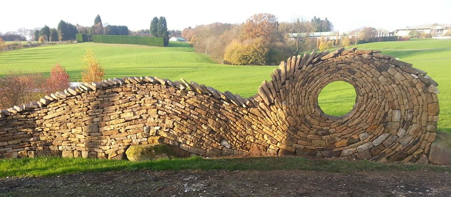 12-Johnny-Clasper-Sculpture-Paths-and-Walls-with-Rocks-and-Stones-www-designstack-co
