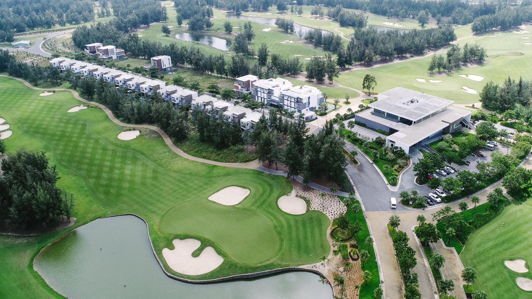Sân golf Montgomerie Links Vietnam