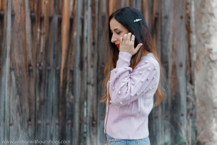 Tendencias: cómo combinar una chaqueta de punto en color lila y horquilla de pelo LPA Revolve