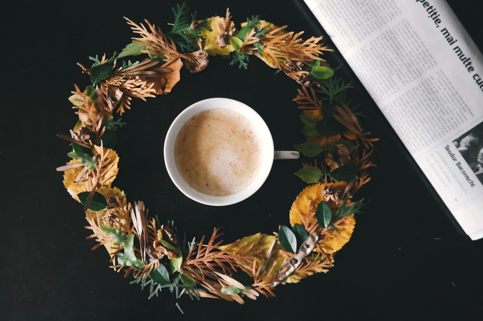 7 Organic And Festive Ways To Decorate Your Home For The