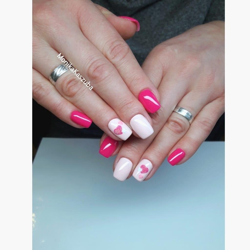 paznokcie hybrydowe różowe
