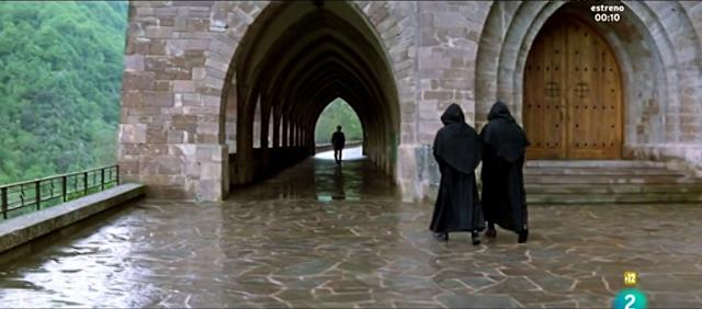 La voz de su amo (2001), escena en Valvanera — Arcos