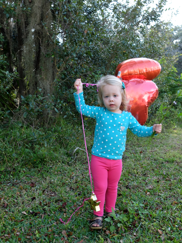 Valentine's Day Photo Shoot, Heart Balloon