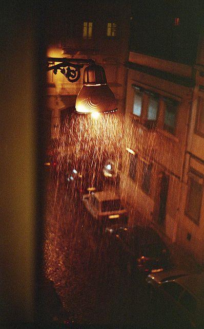 Tải hình ảnh mưa buồn