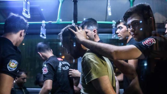 """""""Detenidos tras el golpe en Turquía sufren tortura y acoso sexual"""""""
