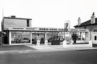 Robin Hood Garage, Penge