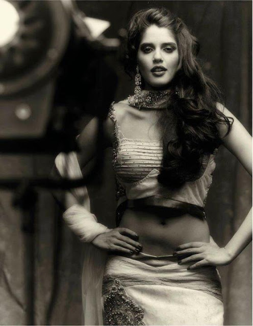 Actress Izabelle Leite Cleavage and Navel Actress Trend