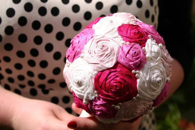 Brautstrauß Seidenblumen, Rosen