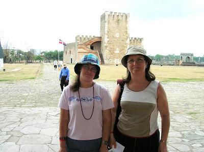 Fortaleza Ozama, Zona colonial, Santo Domingo, vuelta al mundo, round the world, mundoporlibre.com