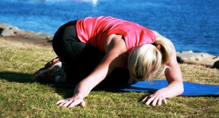 healthy n fit yoga pose to relieve your stress