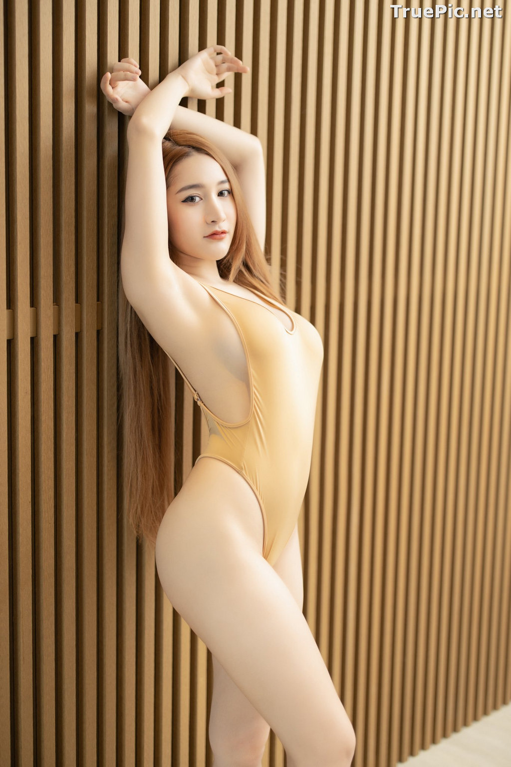 Image Thailand Model - Kankanit Pinchaiyapat - Yellow and Purple Swimsuit - TruePic.net - Picture-3