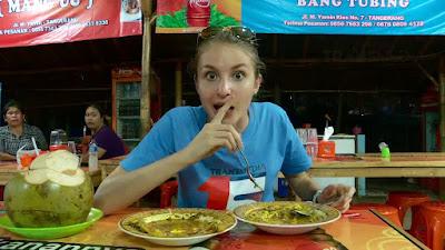 10 Rekomendasi Makanan Khas Daerah di Indonesia yang Wajib Kamu Cicipi