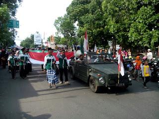 Sejuta Aksi Meriahkan Mlaku Bareng Hari Santri Nasional dan HUT TNI