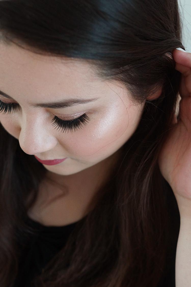 summer-glowing-makeup-tutorial