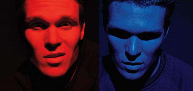 Merah vs biru