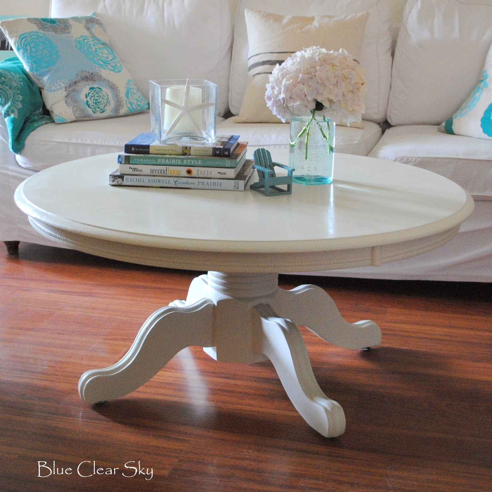 Fresh Rustic Maple Painted White Pedestal Coffee Table With Hydrangeas We21