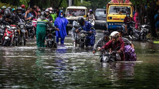 Banjir di Semarang, 2 Warga Meninggal Kesetrum