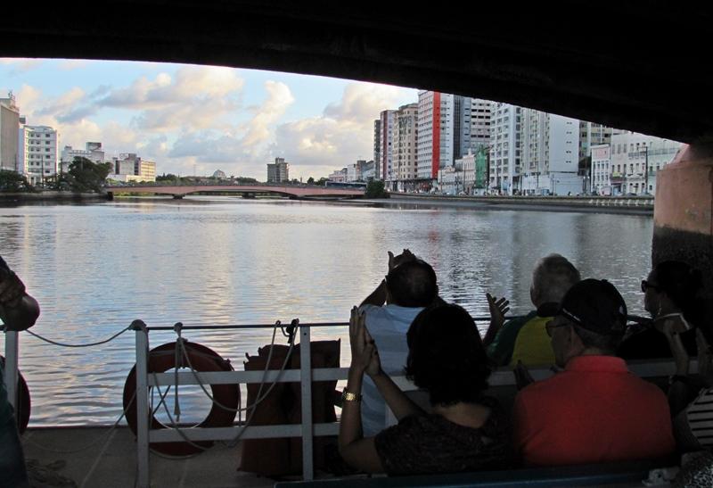 Passeio de Catamarã em Recife: preço, informações e dicas