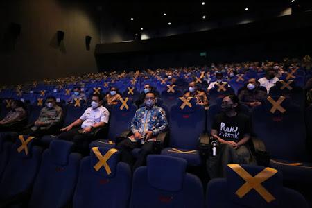 Gubernur DKI Jakarta Apresiasi Film Lingkungan Hidup Pulau Plastik