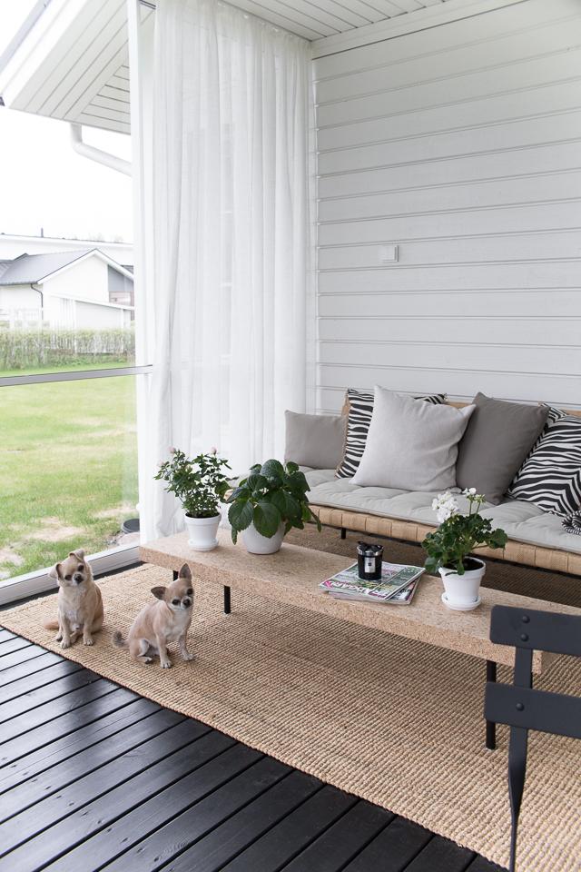 Villa H, terassin sisustus, lasitettu terassi, terassi, puutarha