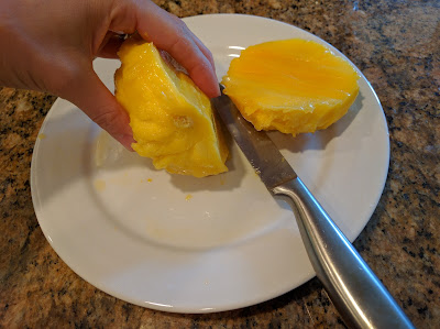 How To Peel A Mango - A Life Unprocessed