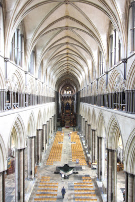 מבט מהקומה השנייה אל הקתדרלה , סליסבורי