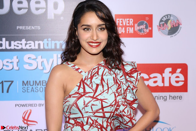 Red Carpet of Most Stylish Awards 2017 ~ Shraddha Kapoor (3).JPG