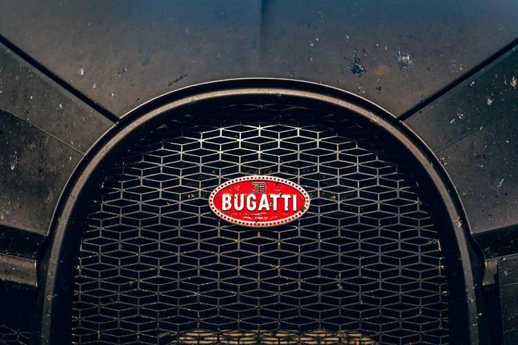 Bugatti thử nghiệm siêu xe Chiron Pur Sport trên đường đua