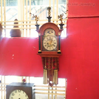 đồng hồ cổ Hà lan