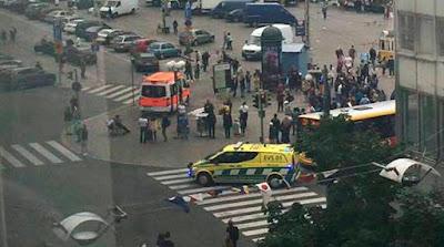 Man shot, held after stabbings in Finland
