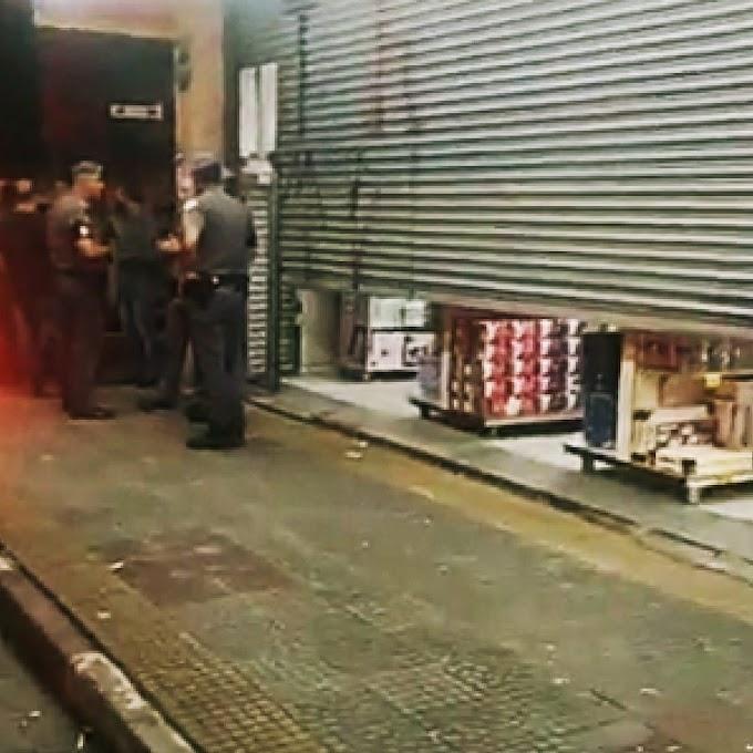 POLÍCIA AGE DE IMEDIATO E FRUSTRA ROUBO NA LOJA MIAMOR NO CENTRO DE SUZANO.  UM ADOLESCENTE FOI DETIDO NO LOCAL