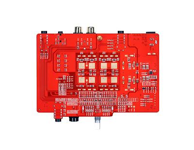 ZEN CANの回路基板の上面と下面。