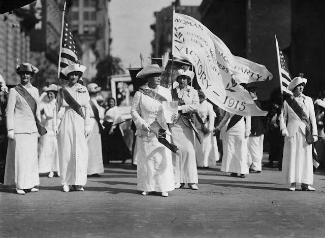 Women's Suffrage Parade ( 1913 )