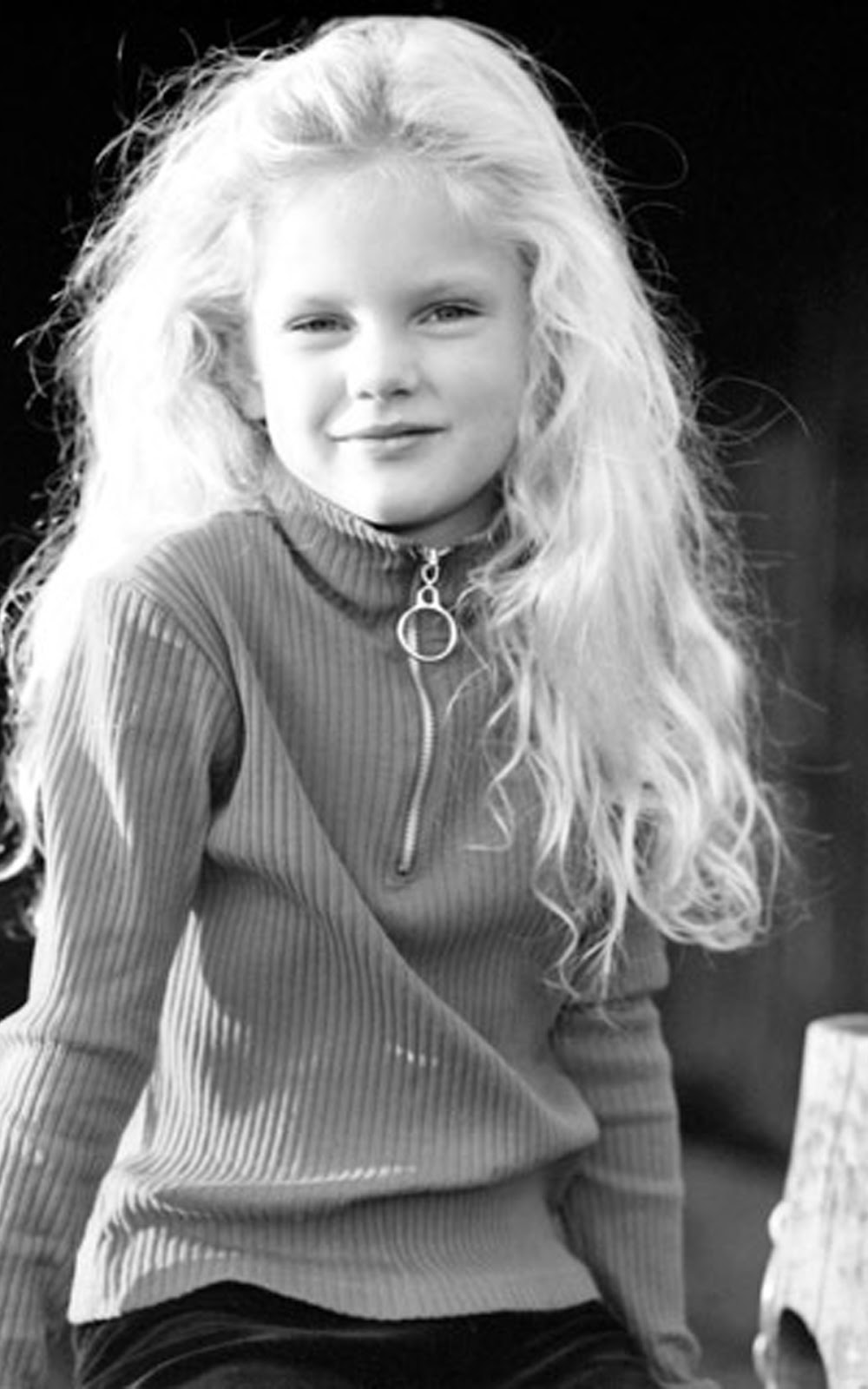 TAYLOR SWIFT AS A CHILD