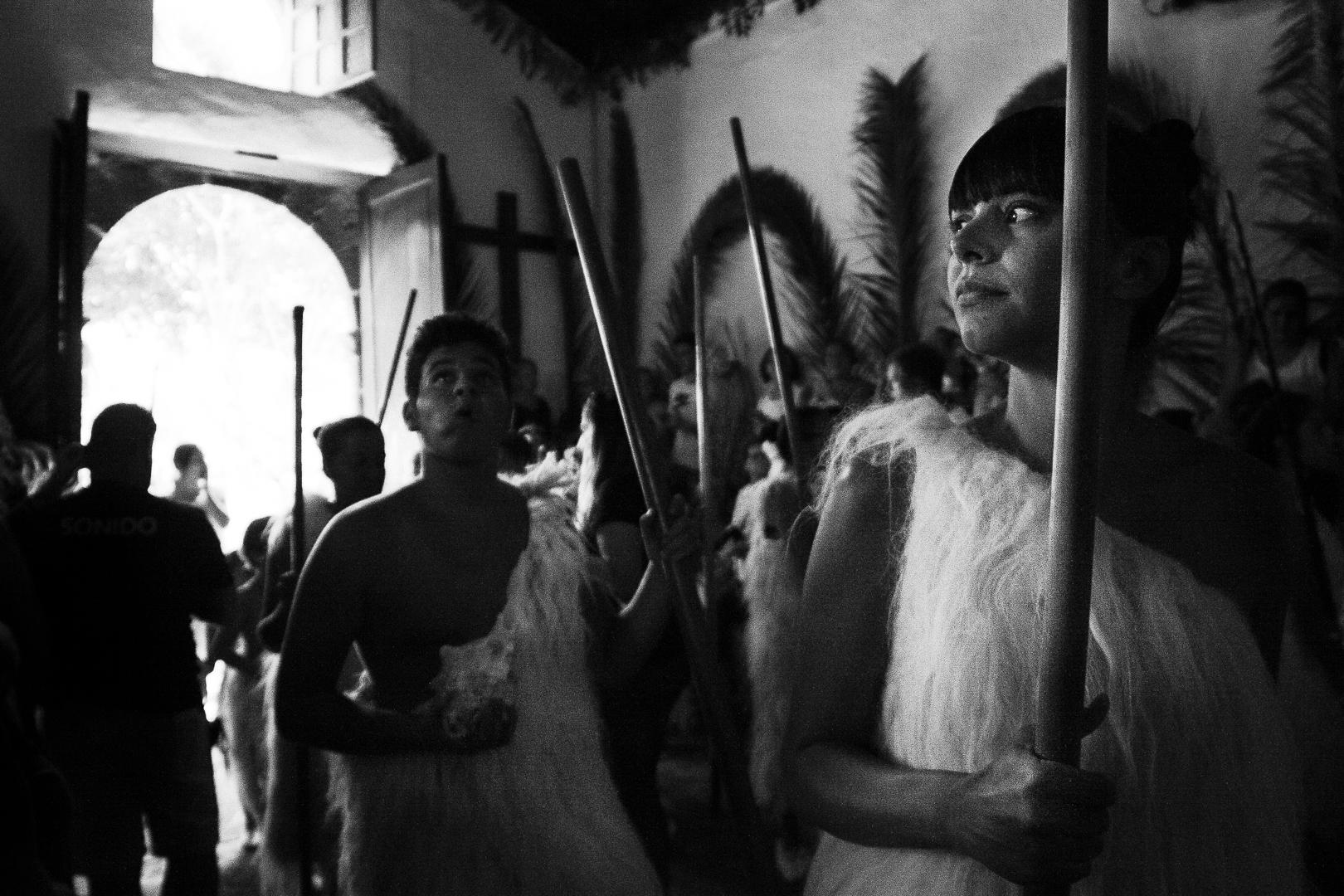 Romeria, Guimar - Socorro; Guanches entering the chapel / ermita