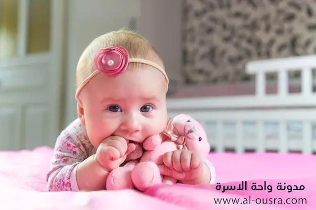 الطفل في الشهر الرابع