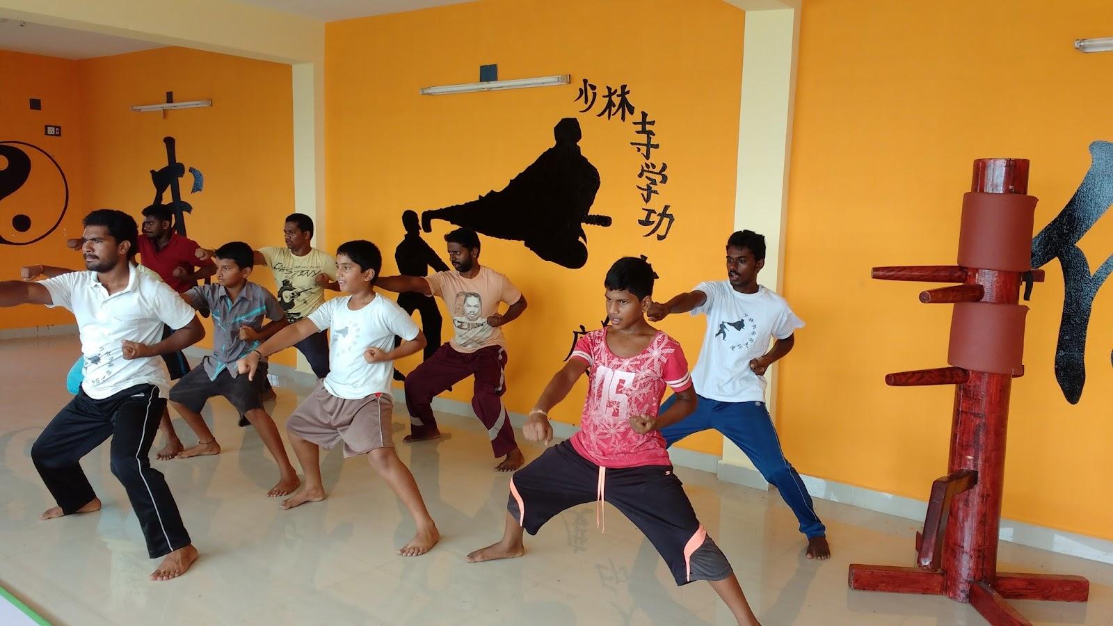 India Kung Fu Warrior Monk Training Magunta Lay Out Kung