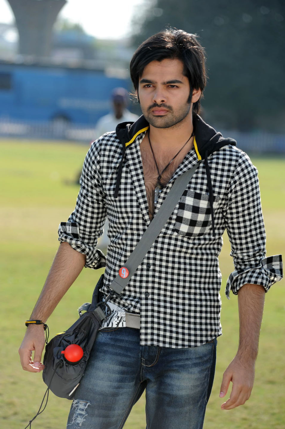 Telugu Hero Ram Hd Photos Vinnyoleo Vegetalinfo
