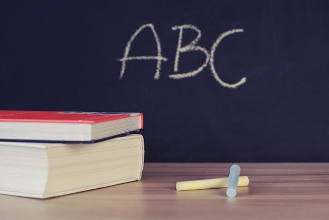 16 lat edukacji to już przeszłość. Początek nowego roku szkolnego już nie dla mnie! ;)