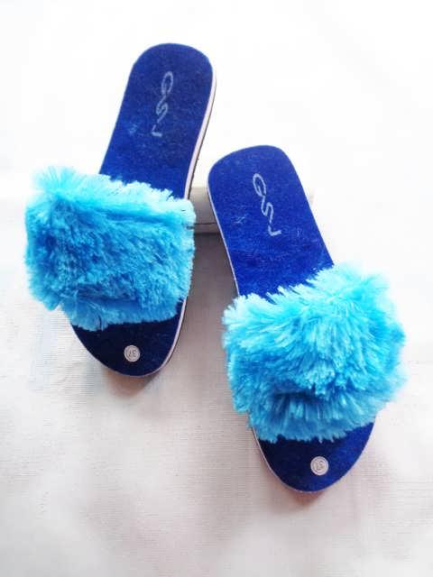 Pabrik Dan Grosir Sandal Modern Teplek Slop Bulu Wanita