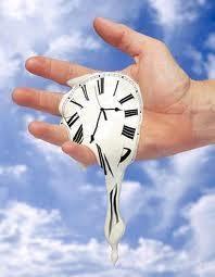 jam meleleh di tangan