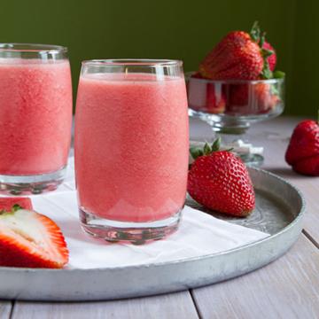 watermelon strawberry smoothie summer recipe