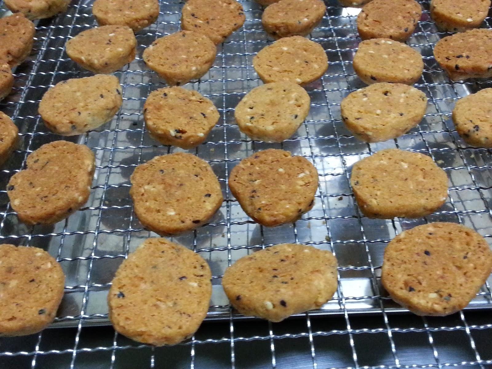 中西式 糕點 小吃 烹飪 美食網: Corn Flakes Sesame Cookies芝麻玉米片香脆餅