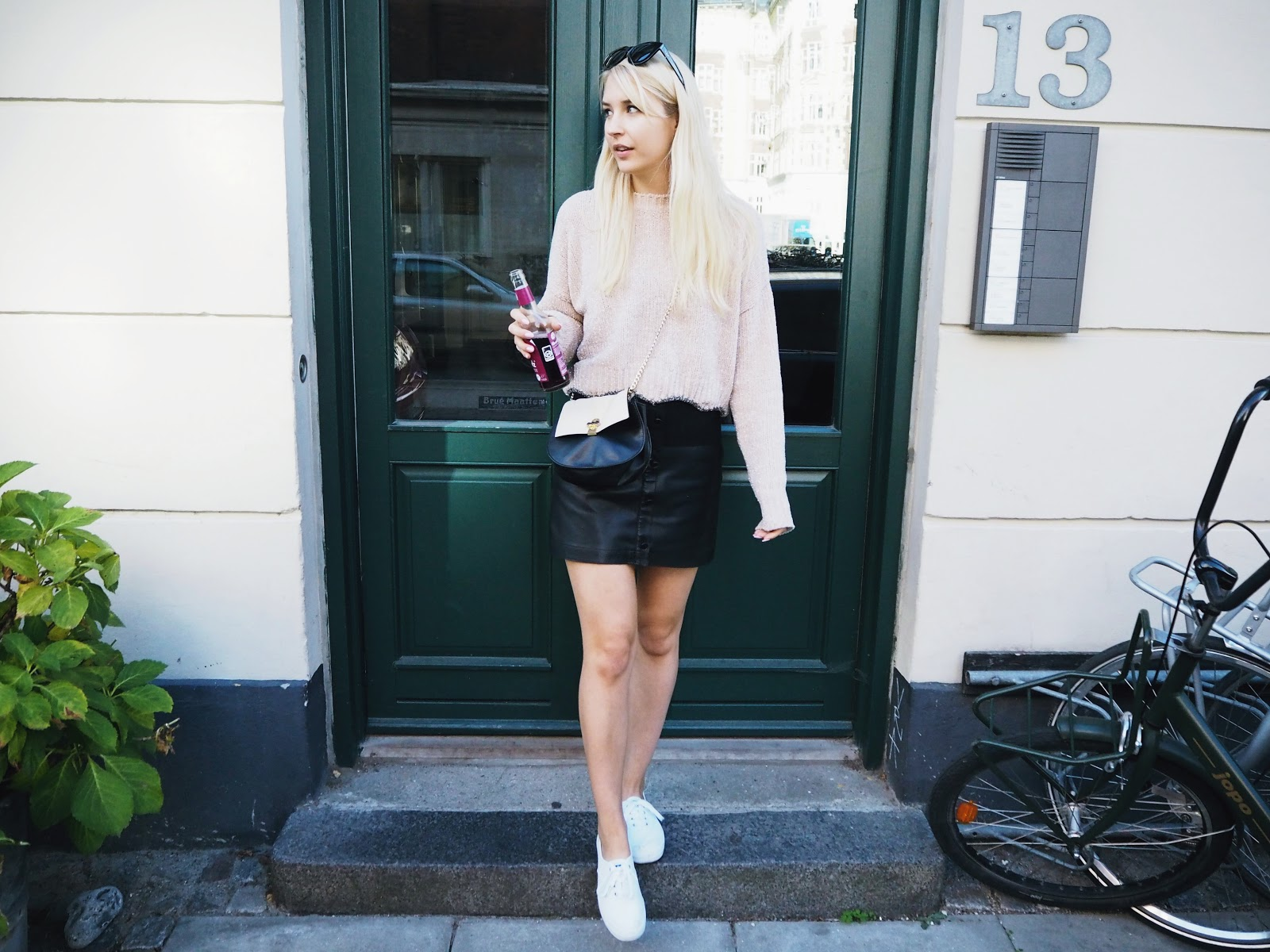 Zara light pink jumper outfit