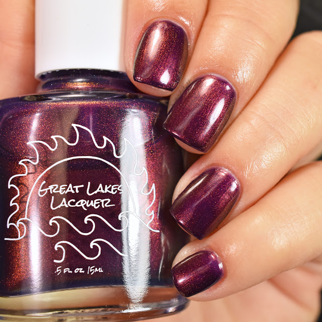 great-lakes-lacquer-creatures-of-the-night-brought-to-light-swatch-2