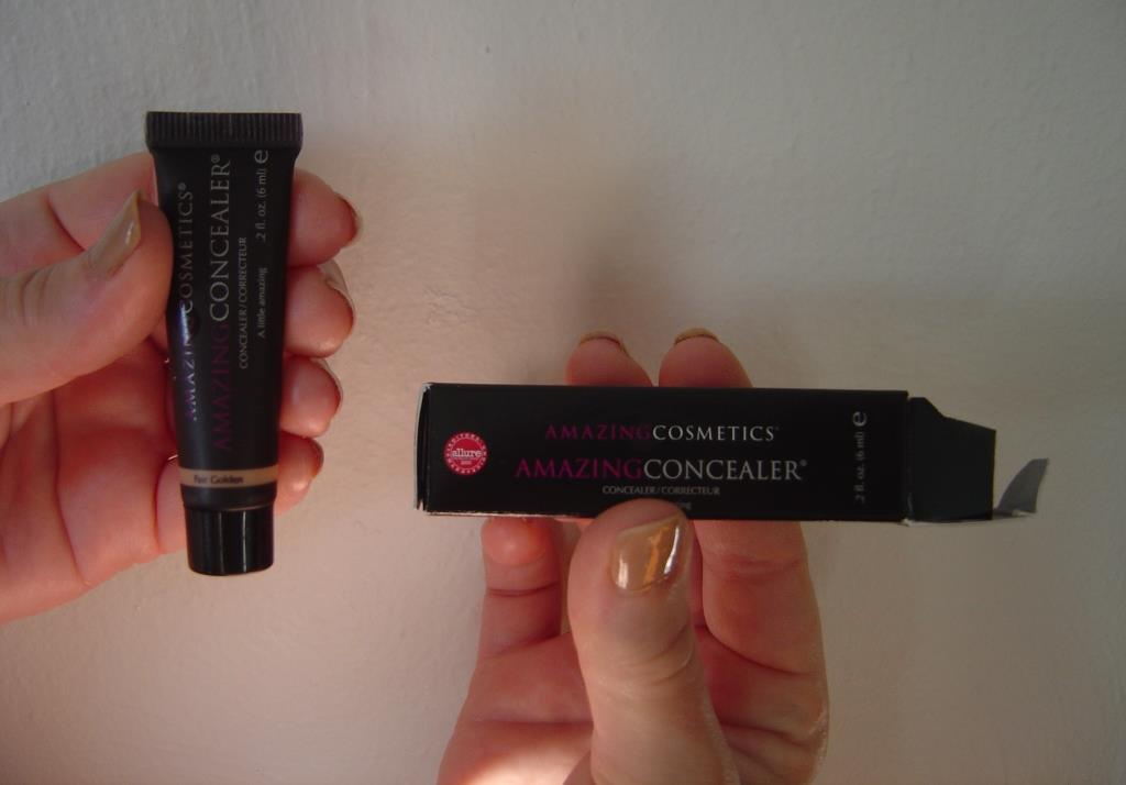 Amazing Cosmetics Amazing Concealer in Fair Golden.jpeg