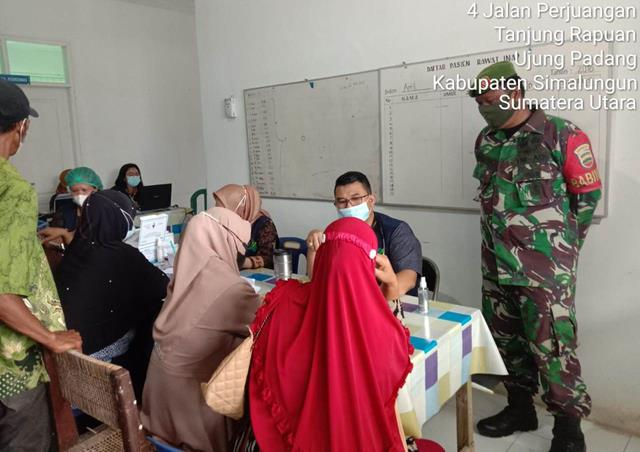 Masyarakat Laksanakan Vaksinasi Turut Serta Didampingi Personel Jajaran Kodim 0207/Simalungun