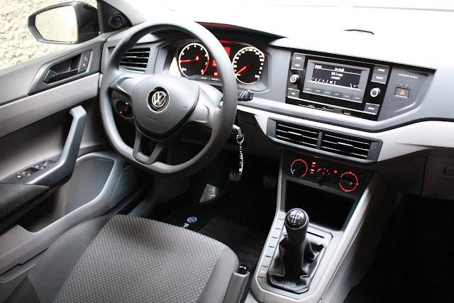 VW Polo 1.0 MPI 2018 - interior - painel
