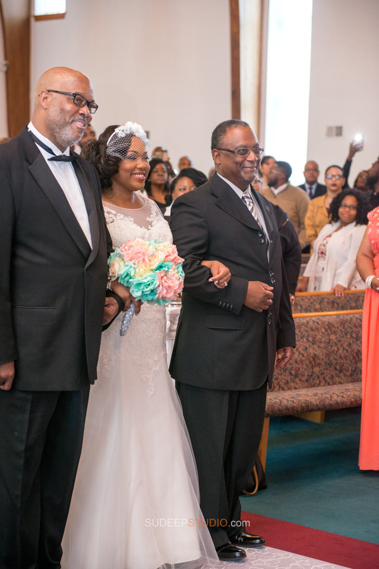 World Deliverance Temple Wedding photos - Sudeep Studio.com Ann Arbor Wedding Photographer
