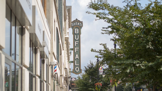A self-guided architecture walk in downtown Buffalo: Main Street in Downtown Buffalo with view of Shea's Buffalo Theatre
